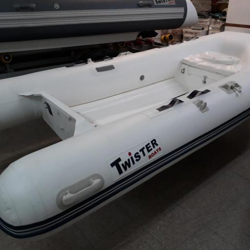 RIB 330 + SUZUKI DF 15 AS