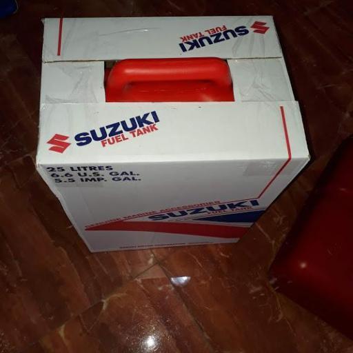 Deposito de combustible original Suzuki [1]