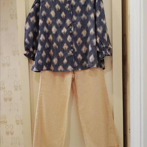 Tarantela blusón azul geometrico