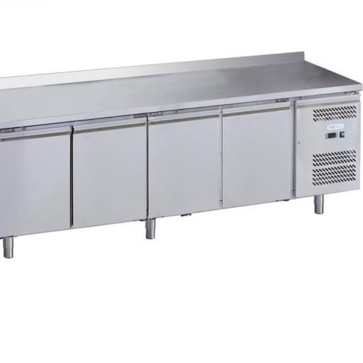 mesa fria 4 puertas con peto