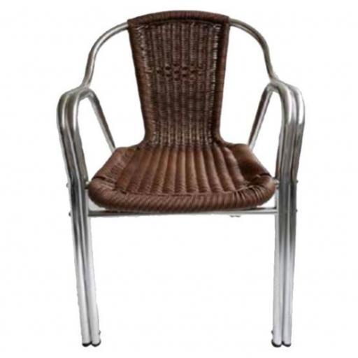 Silla-de-aluminio-con-rattan-color-marron-178098_m.jpeg