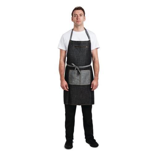 Delantal negro con peto modelo Manhattan Chef Works B718