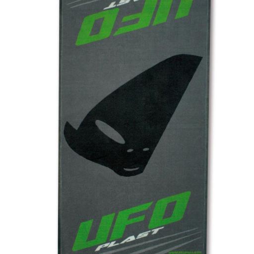 Alfombrilla UFO para asistencia 100 x 160 homologada FIM AC02103