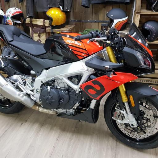 Aprilia Tuono V4 1100 RR  E4 Rojo S