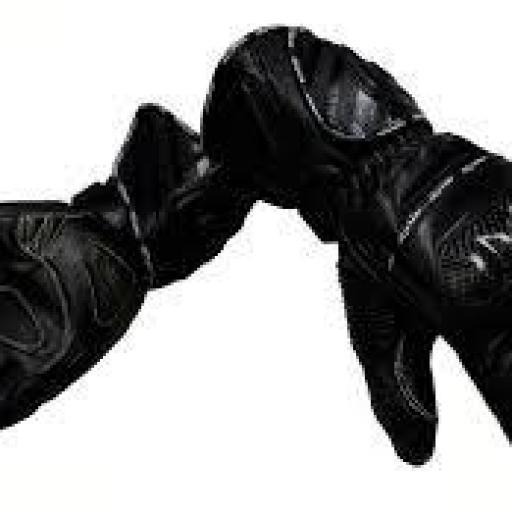 GUANTE DE INVIERNO R 9 Piel Racing con protecciones de carbono. Negro