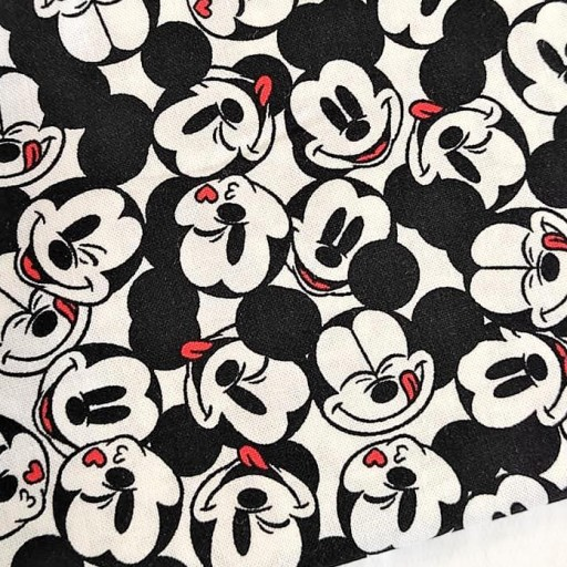 DISNEY PATCH AMERICANO ITS A MICKEY THING BLANCO