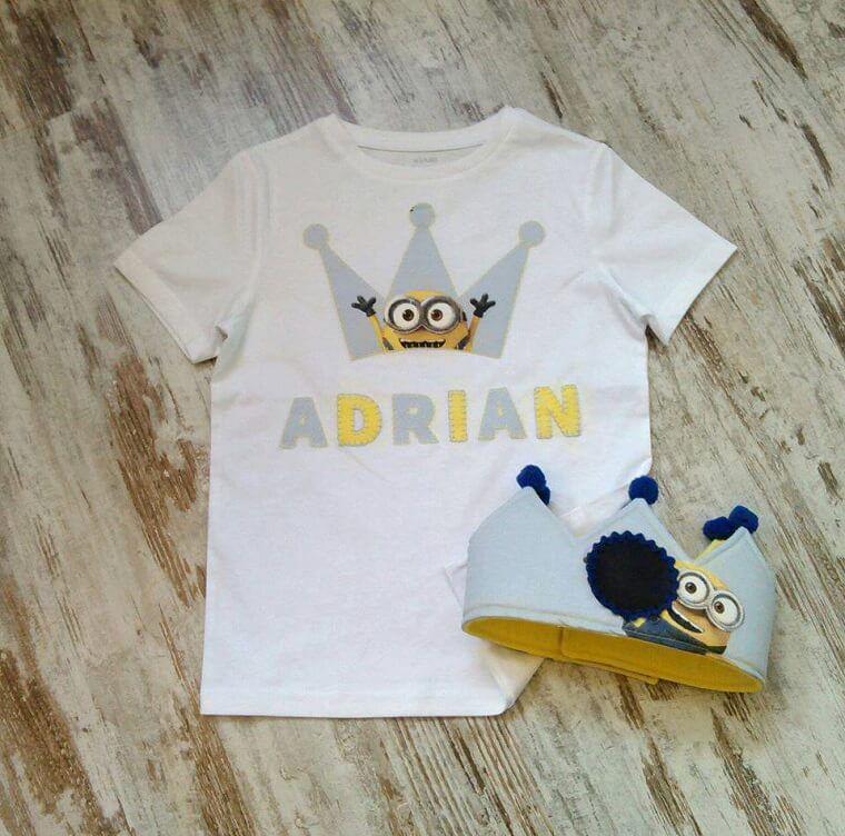 Camiseta y corona de cumpleaños con tela de Minions