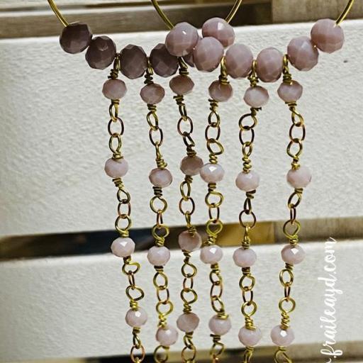 Pendientes largos Hippie cristal y cadenas de rosario rosa empolvado