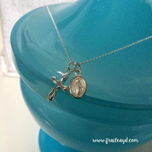 Cadena con cruz y medalla Virgen milagrosa plata [3]