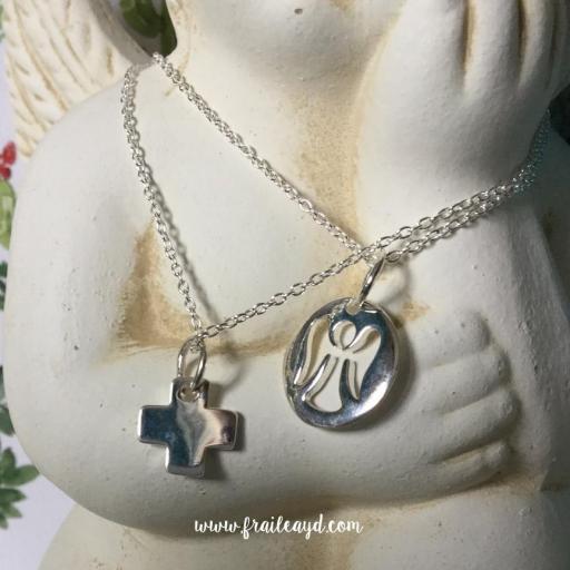 Colgante medalla angelito calado con cadena plata [3]