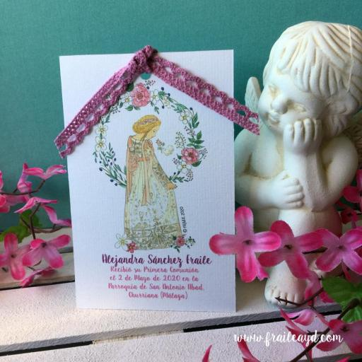 Recordatorio Notre Dame corona flores 9X14 cm con puntilla [2]