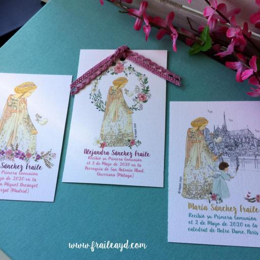 Recordatorio Notre Dame corona flores 9X14 cm con puntilla [3]