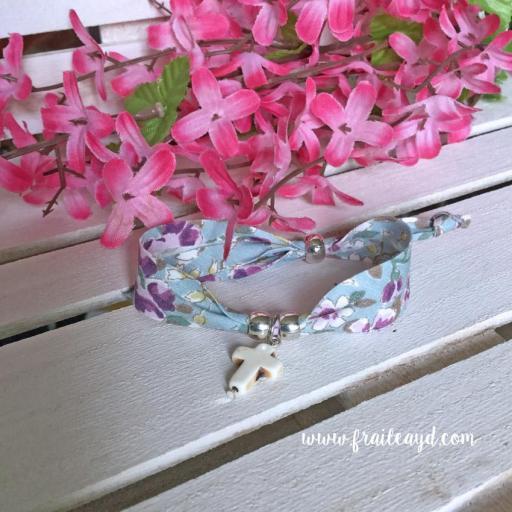 Pulsera cinta flores cruz blanca [1]