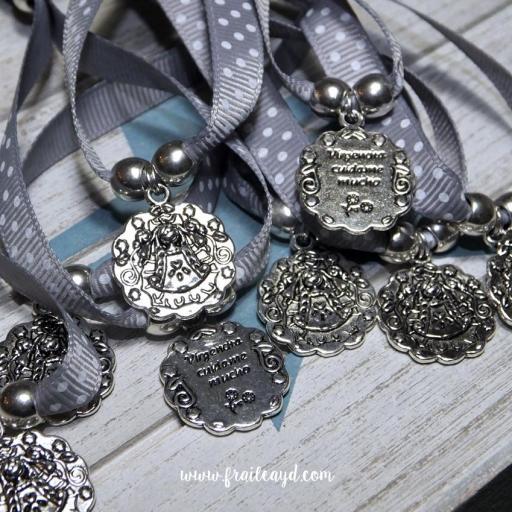 Pulseras de cinta medalla Virgencita Cuídame Mucho