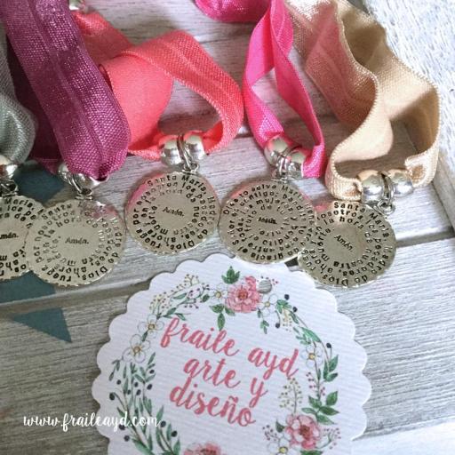 Pack 10 pulseras elásticas medalla Avemaría