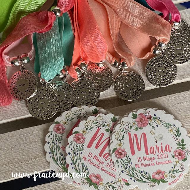 Pack 25 pulseras elásticas medalla Avemaría