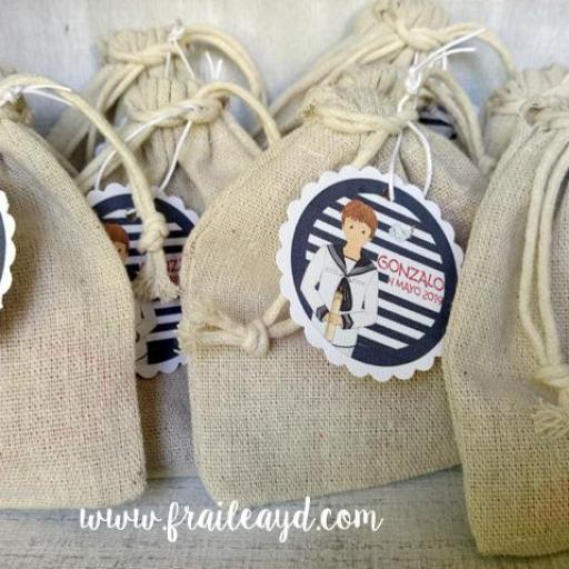 Pack de 20 pulseras de nudos y medalla cruz grabada [3]