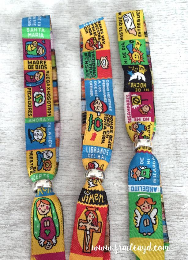 Pack 40 Pulseras oración y 40 etiquetas  personalizadas Rocío