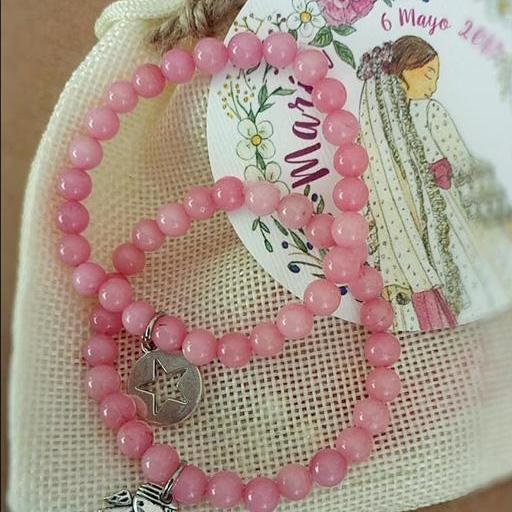 Pulsera bolitas rosas con medalla [1]