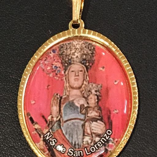 Ntra. Sra. De San Lorenzo. Medalla 3,5 cm.