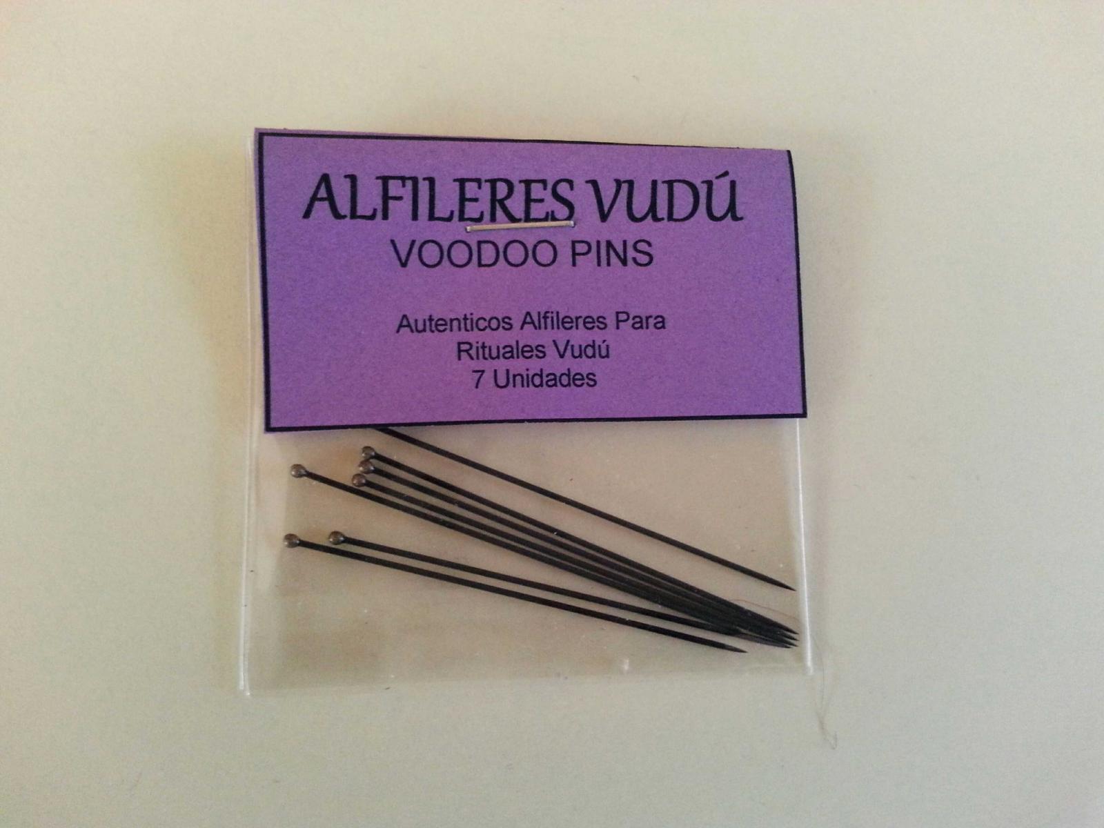 ALFILERES VUDU NEGRO PINS