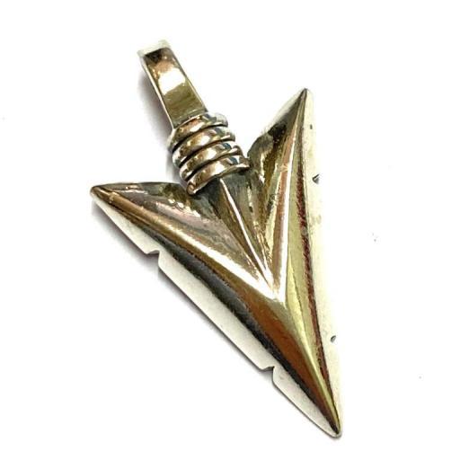 Colgante Ritualizado - Flecha Cupido - Amuleto - Plata de Ley 925  2.5 cm aprox.