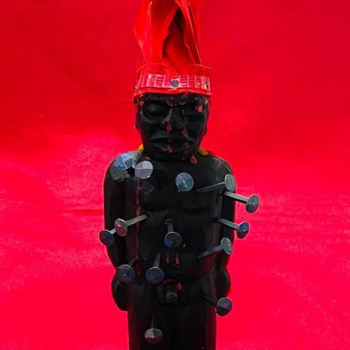 POWER FIGURE Nkisi Nkonde fetiche África Kongo 22 cm Yombe Bakongo Nkisi Nkondi