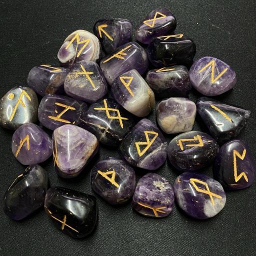 Runas Vikingas de Amatista Bandeada - Viking Runes Banded Amethyst + bolsa + instrucciones