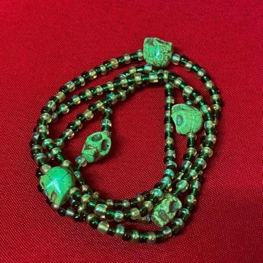 Collar Ritualizado Santa Muerte verde Eleke Santeria inlé INLE ( SALUD, ENFERMEDADES )
