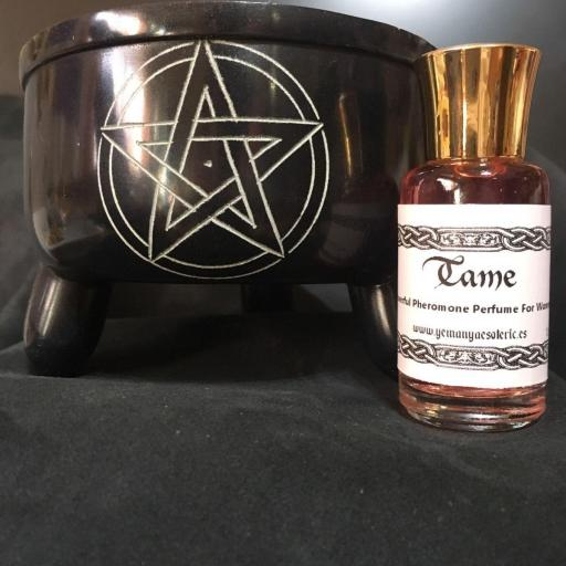 ☆ DOMAR ☆ Powerful Pheromones Perfume for women ☆ 12 ml.