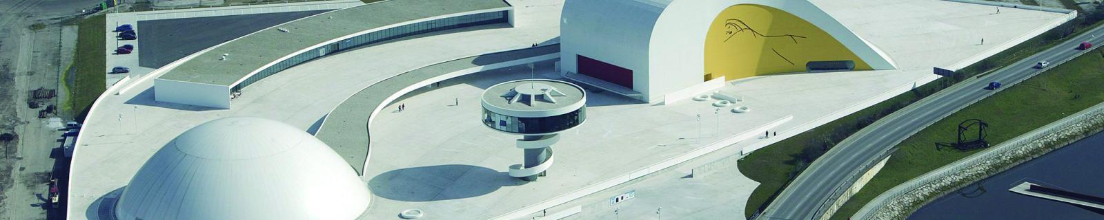 Verano en el Centro Niemeyer