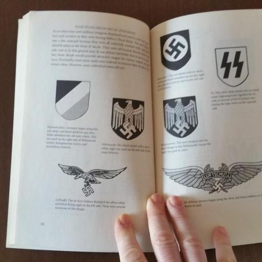 Libro Cascos, Alemania / WWII [2]