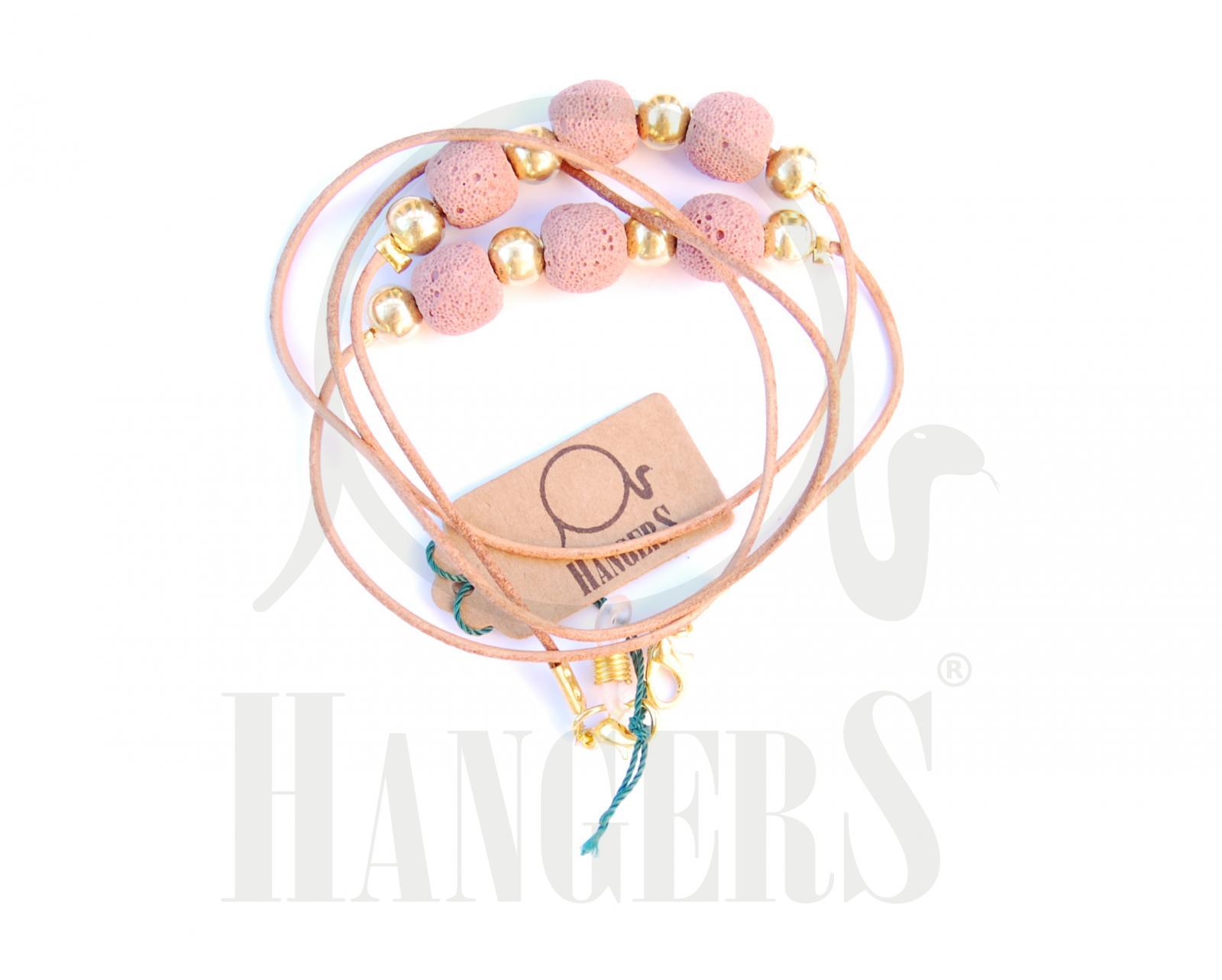 Cuero M. natural con bolas rosas
