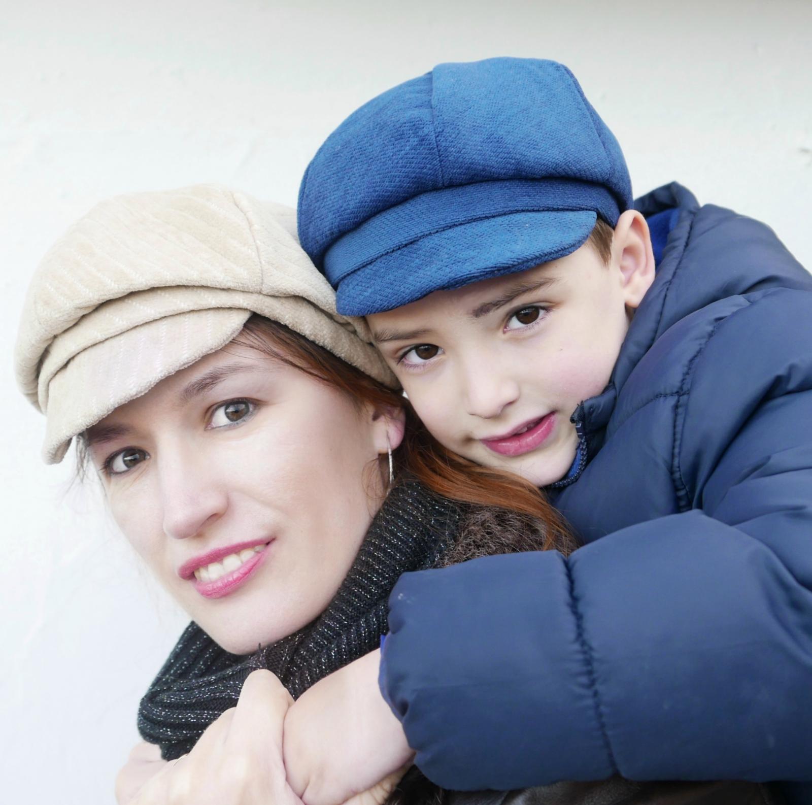 Gorra italiana niño de tela y pajarita