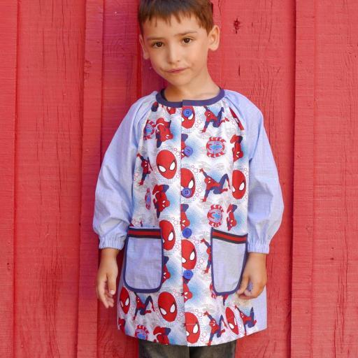 Bata escolar Raglán y mochila 6m-8 años