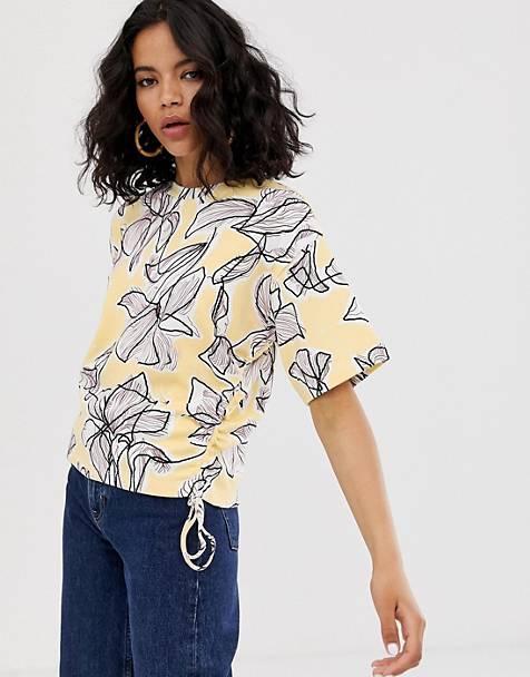 Blusa floral fruncida