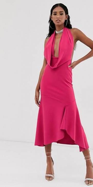Vestido largo con cuello halter en rosa intenso
