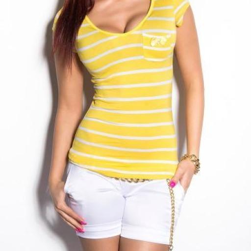 Elegante camiseta a rayas de moda