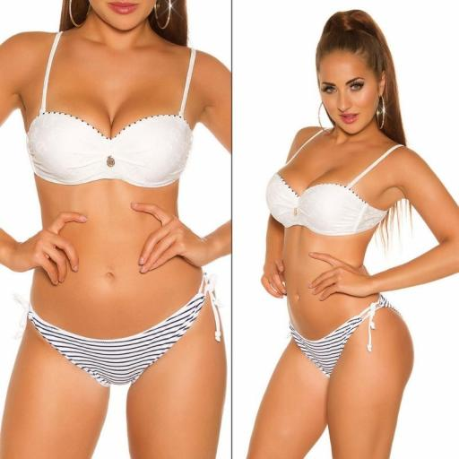 Bikini en look marinero blanco