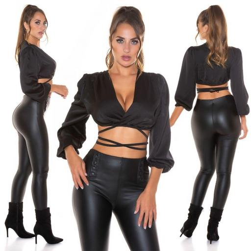Blusa corta sedosa negro