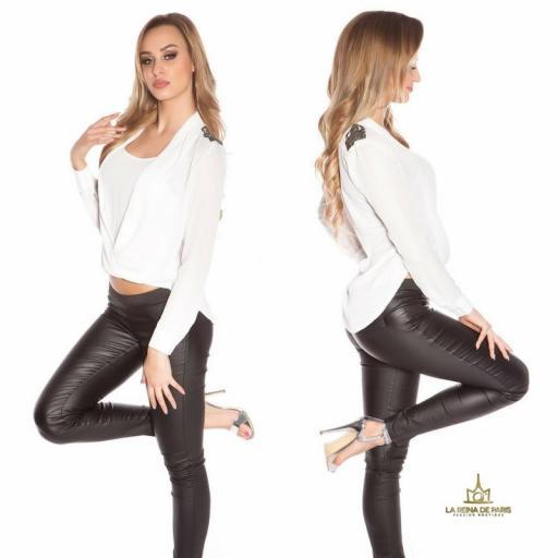 Blusa blanca diseño de estilo  [2]