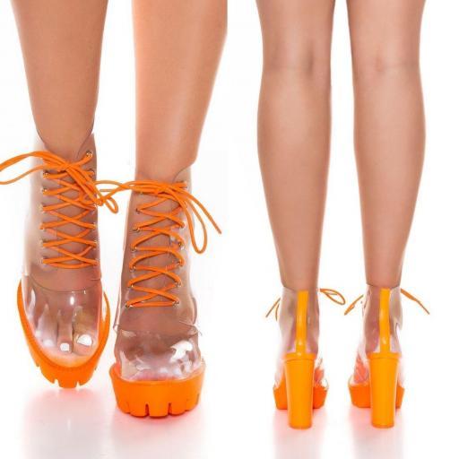 Botines de cordones naranja