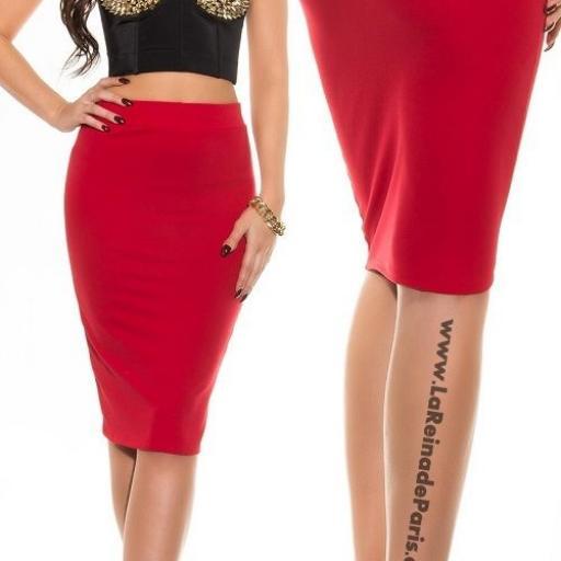 Falda roja lápiz de talle alto de moda