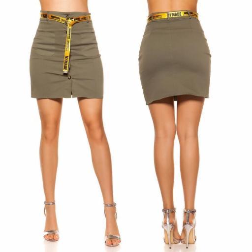 Falda con botones y cinturón khaki [1]