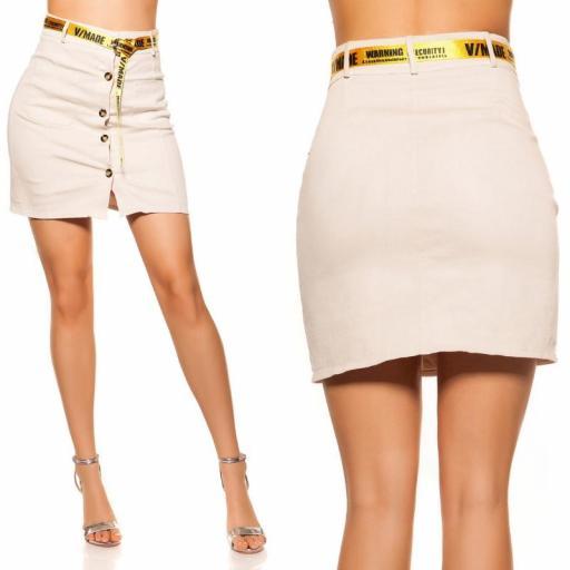 Falda con botones y cinturón beige [3]