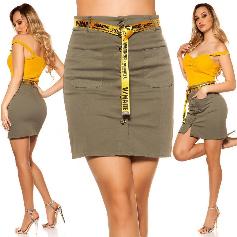 Falda con botones y cinturón khaki