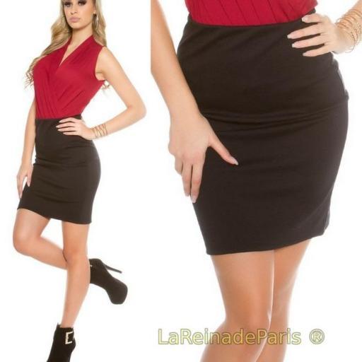Falda corta básica negra [3]