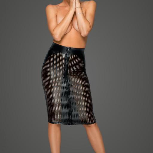 Falda cuero perforaciones