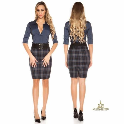 Falda de cuadros claros con cinturón   [2]