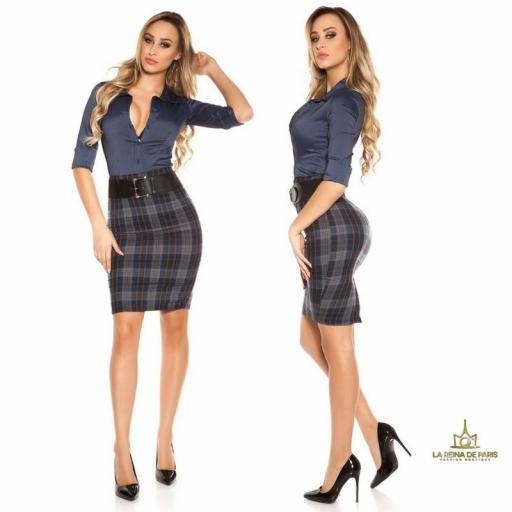 Falda de cuadros claros con cinturón   [1]